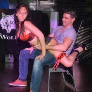 Gogo danseuse Mende Lola
