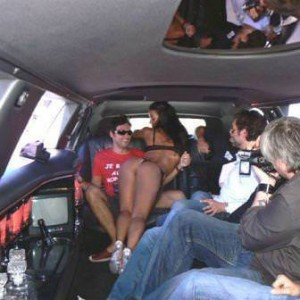 Striptease en limousine Metz - Moselle (57)