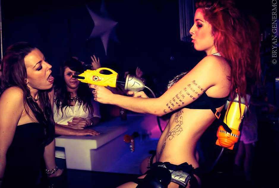 Stripteaseuse Lyon et gogo danseuse Rhône