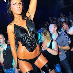 Stripteaseuse Oise Tamara
