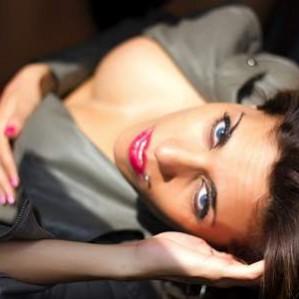 Stripteaseuse Toulon anniversaire Var Shayna